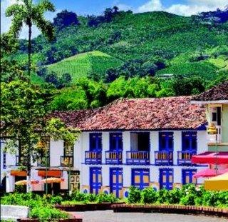 En ningun lugar del mundo veras estos hermosos colores eje cafetero Colombia https://t.co/pPKLtiAaN8