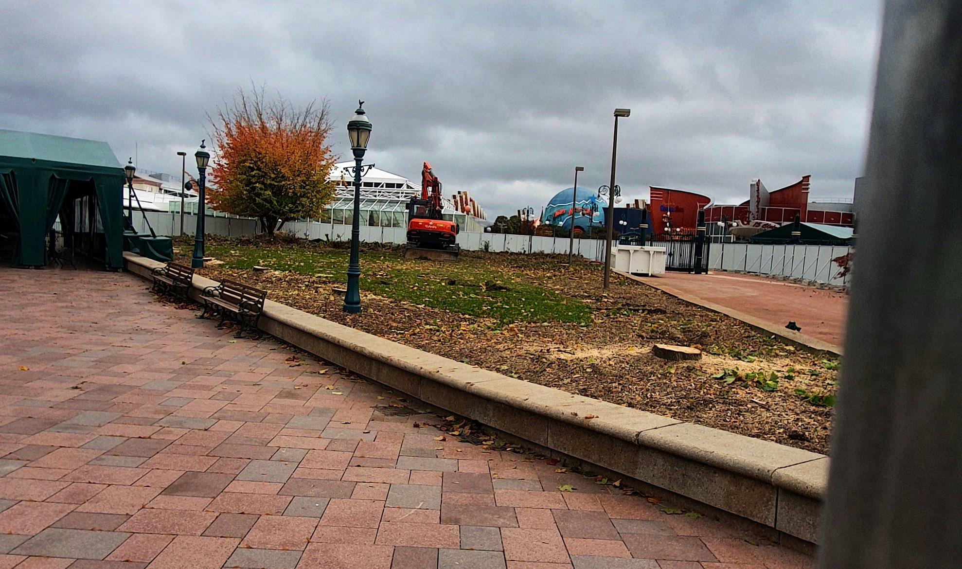 Esplanade : Nouvel Aménagement entre les Parcs, la Gare et DV - Page 20 ElGD08gWAAAuIPc?format=jpg&name=large