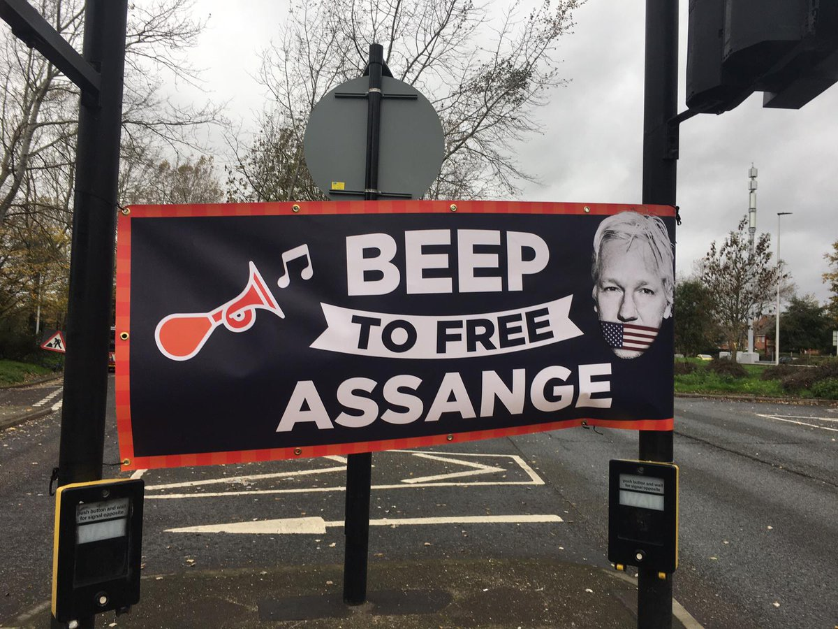 @WISEUpAction #YellowRibbons4Assange  Public Outrage at Continued Incarceration of OZ Journalist in HMP Belmarsh Terror Isolation! @wikileaks #KidnapTortureRendition https://t.co/njOPaVSZpm