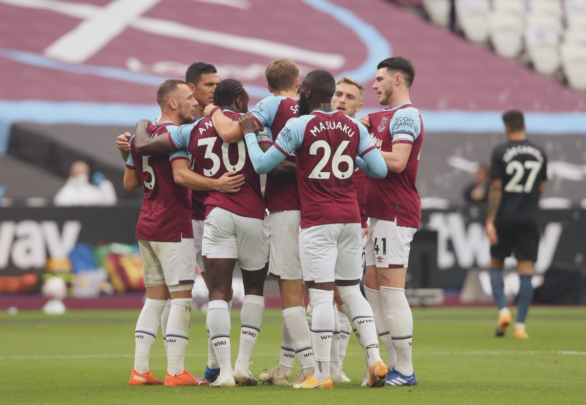 """El #WestHam en la Premier League 20/21:  •0-2 vs. Newcastle •1-2 vs. Arsenal •4-0 vs. Wolves •3-0 vs. Leicester •3-3 vs. Tottenham •1-1 vs. Man. City.  Tremendos resultados en las últimas 4 fechas para los """"Hammers"""". Un equipo que se ha vuelto muy competitivo. IGUALDAD. https://t.co/aaSJ1xvr3r"""