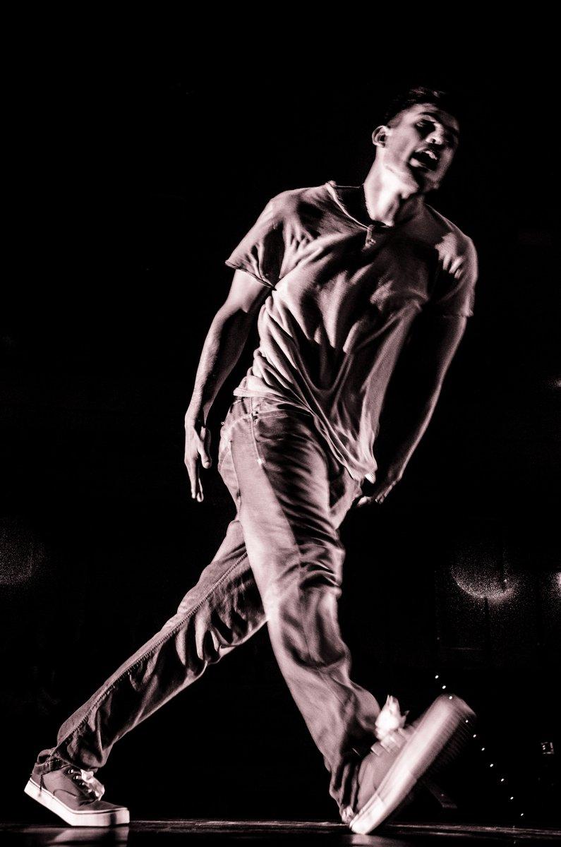 *Online Dance Class* Está on no canal https://t.co/HwiTKol37i Vamos abanar o esqueleto! https://t.co/ArSYvMfysX