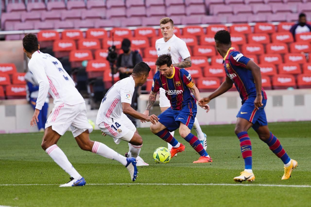 Messi in El-Clasico for Barcelona