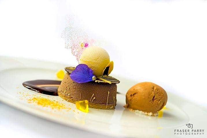 When chefs are creating desserts that look this amazing they need ice cream that equally wows!   Here at Saffron Ice Cream we handcraft luxury artisan ice creams and sorbet to a national award winning standard.   We're proud to supply some outstanding local chefs ☺️ https://t.co/Iz3WmMgCHf