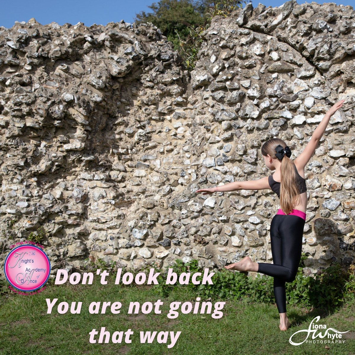 Don't look back, you are not going that way PC @fionawhytepics Dance School @knightsacademy #fionawhytepics ⁣⁣#performingarts #choreography   #dancelife #dance #dancers #fionawhytephotography #photoshoot #location #trending  #dancer #dancing #fitness #knightsacademy https://t.co/CJMb3IcPB9