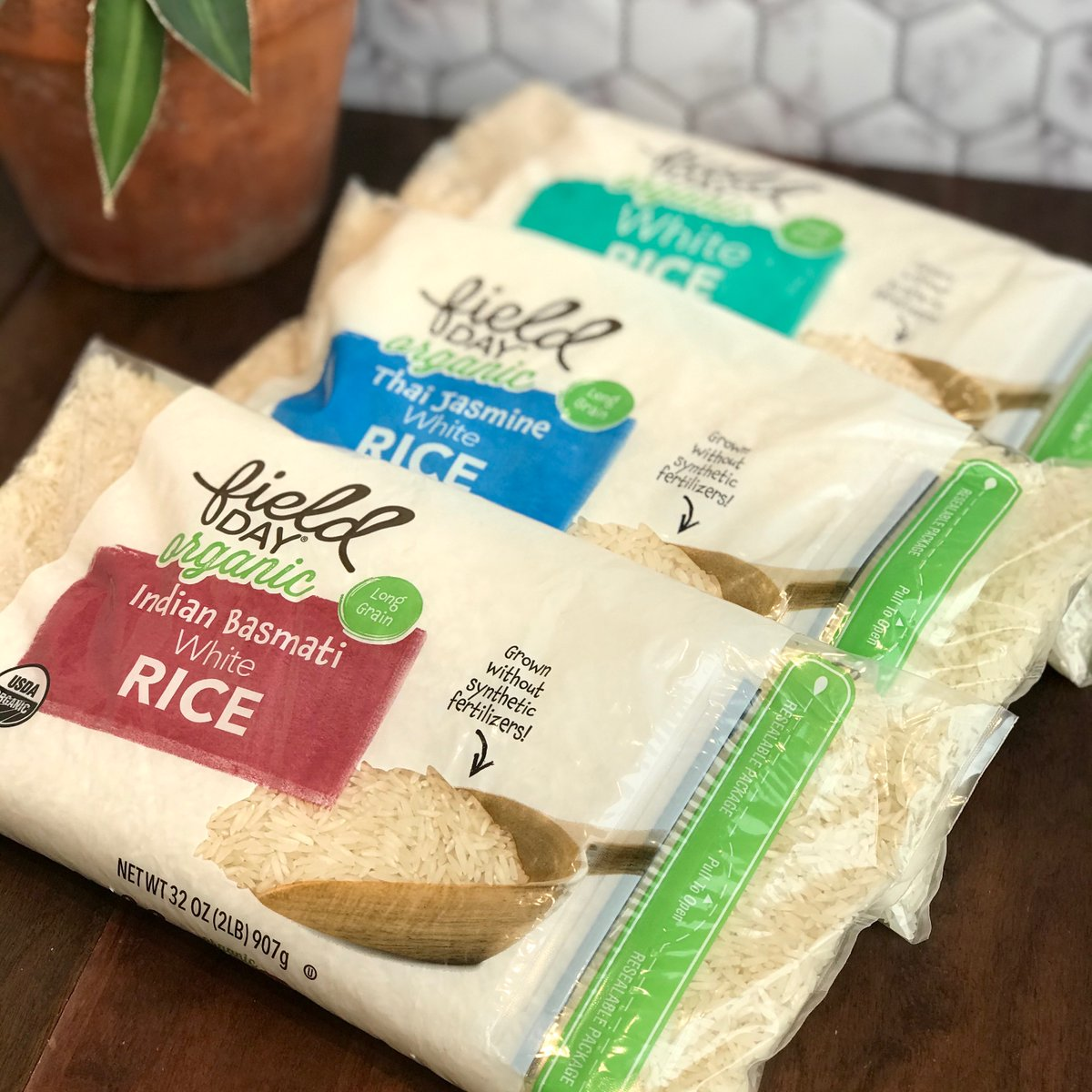 Field Day Products high-quality, value-priced items continue to grace our shelves. New to the line-up, White, Thai Jasmine, and Indian Basmati organic rice.  Enjoy! #oneotacoop #foodcoop #decorah #fieldday #organic #rice https://t.co/qwklwVx0RW