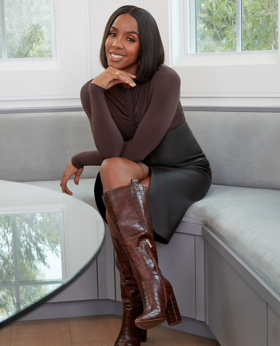 We are absolutely loving the Wren Boots from @kellyrowland's collection. The rich brown faux-croc make this boot a must-have. Shop this style and other must-haves in the #KellyRowlandxJustFab collection. https://t.co/J60ujQTIZq https://t.co/QdKdWMPz9i