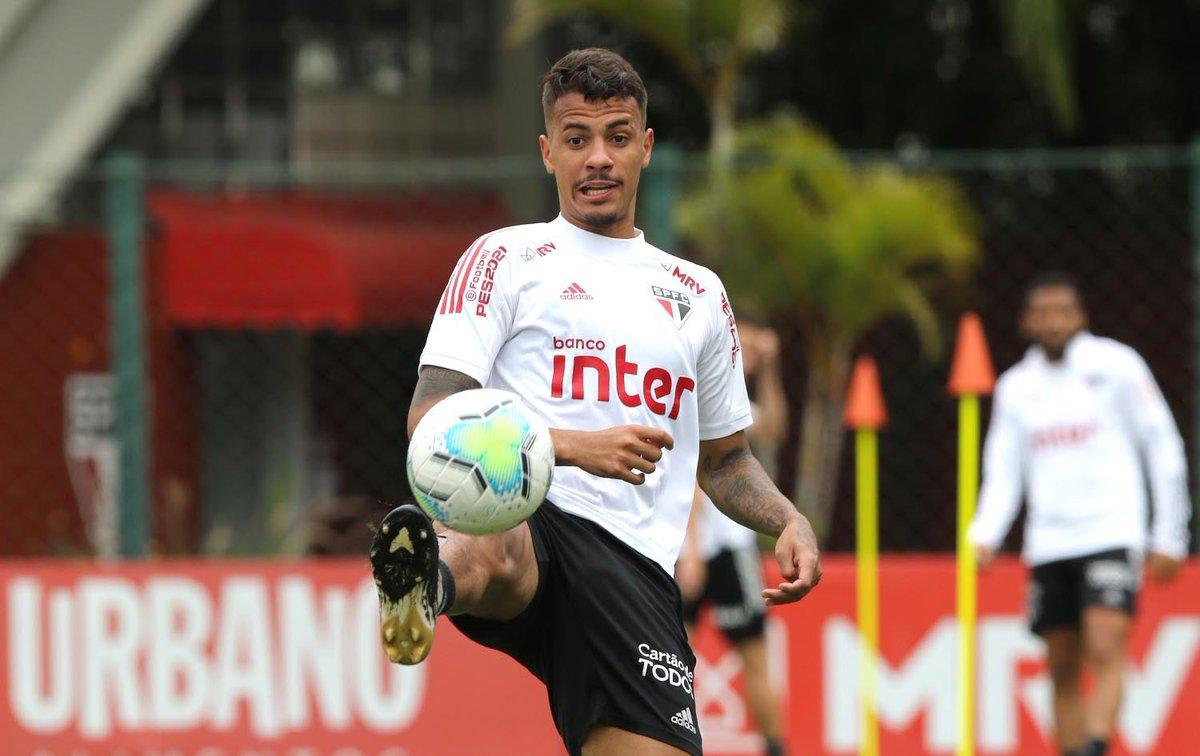 É amanhã!  ⚽️ São Paulo x Fortaleza 🏟 Morumbi ⏰ 20h30 🏆 @CopadoBrasil ⠀⠀⠀⠀⠀⠀⠀⠀⠀ 📺 @SporTV e @canalpremiere 🎙 #SPFCtv - https://t.co/CJlTQA0r29⠀⠀⠀⠀⠀⠀⠀⠀⠀  #VamosSãoPaulo 🇾🇪 https://t.co/9iBzSYZjA6