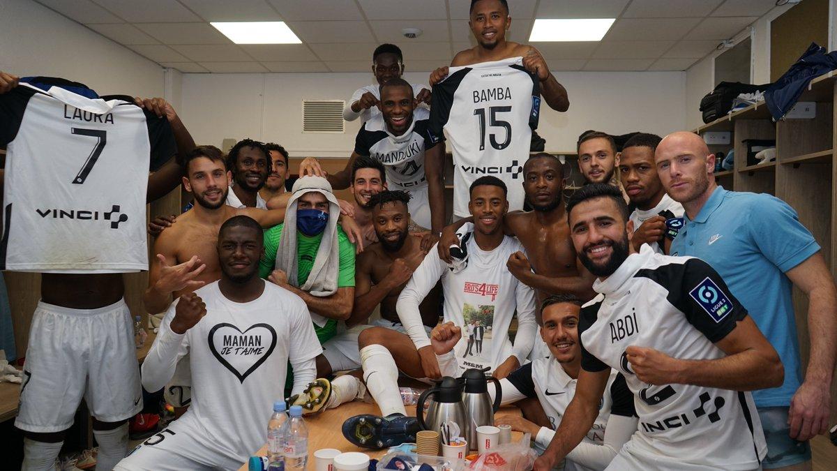 😍 Troisième victoire consécutive pour la #TeamPFC https://t.co/t2adodAhE7