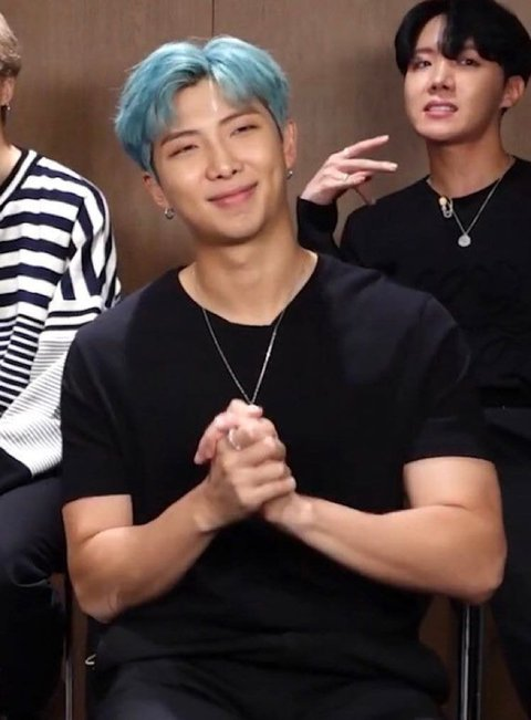 I was just thinking about Namjoon! That man is foine!! But I was thinking, he looks like he gives the best hugs, his arms the size of the planet, so...makes sense... #NAMJOON #BTS #Joonie #RM https://t.co/5IV2aY87Q8