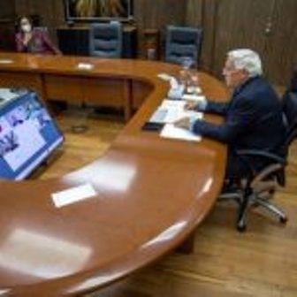 Reconocen Agricultura e industria lechera respuesta del sector ante contingencia sanitaria #infomx #Nación https://t.co/FGVZ6Q2szJ https://t.co/xCiKMMTlEh