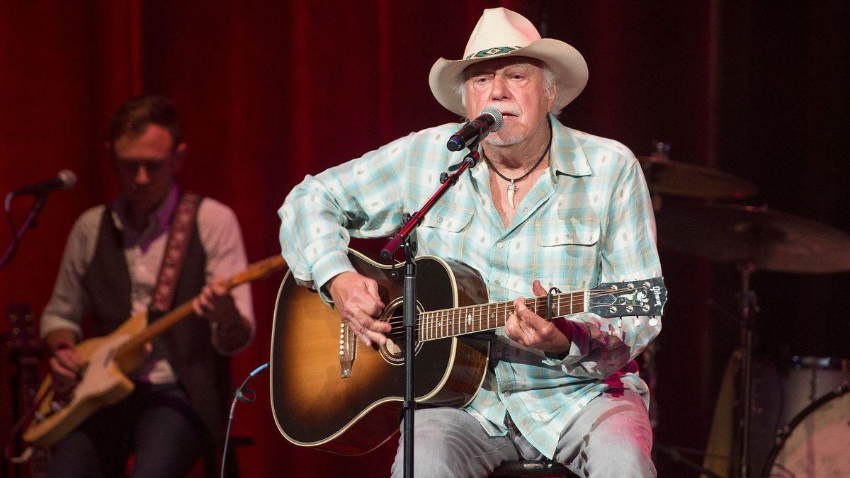 Jerry Jeff Walker died yesterday. #MusicCommunity #JohnPrine https://t.co/sL6sRuEGrg https://t.co/34eCIYME7B