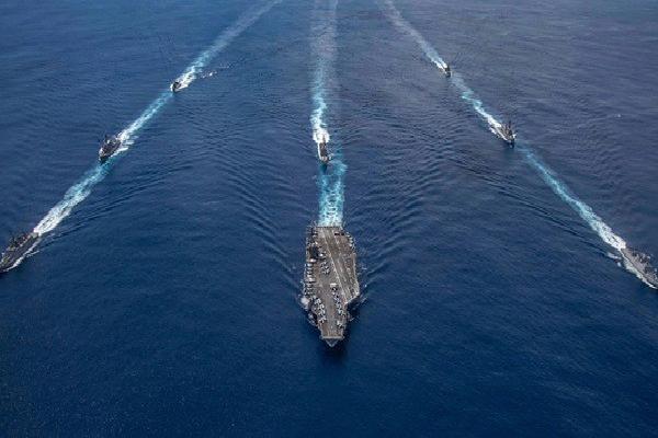 Mỹ - Ấn Độ muốn chia sẻ thông tin tình báo về biển Đông...https://t.co/YyeguG8yXb https://t.co/TAV7TEg8rO