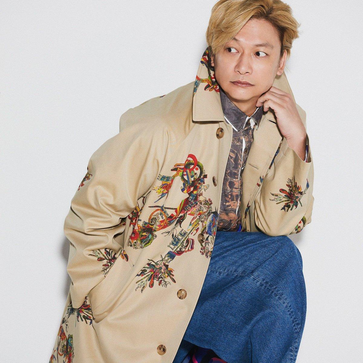 パートナーとのシェアも楽しめる!香取慎吾のアートを落とし込んだコート。カシミア級のなめらかな触り心地に注目だ。