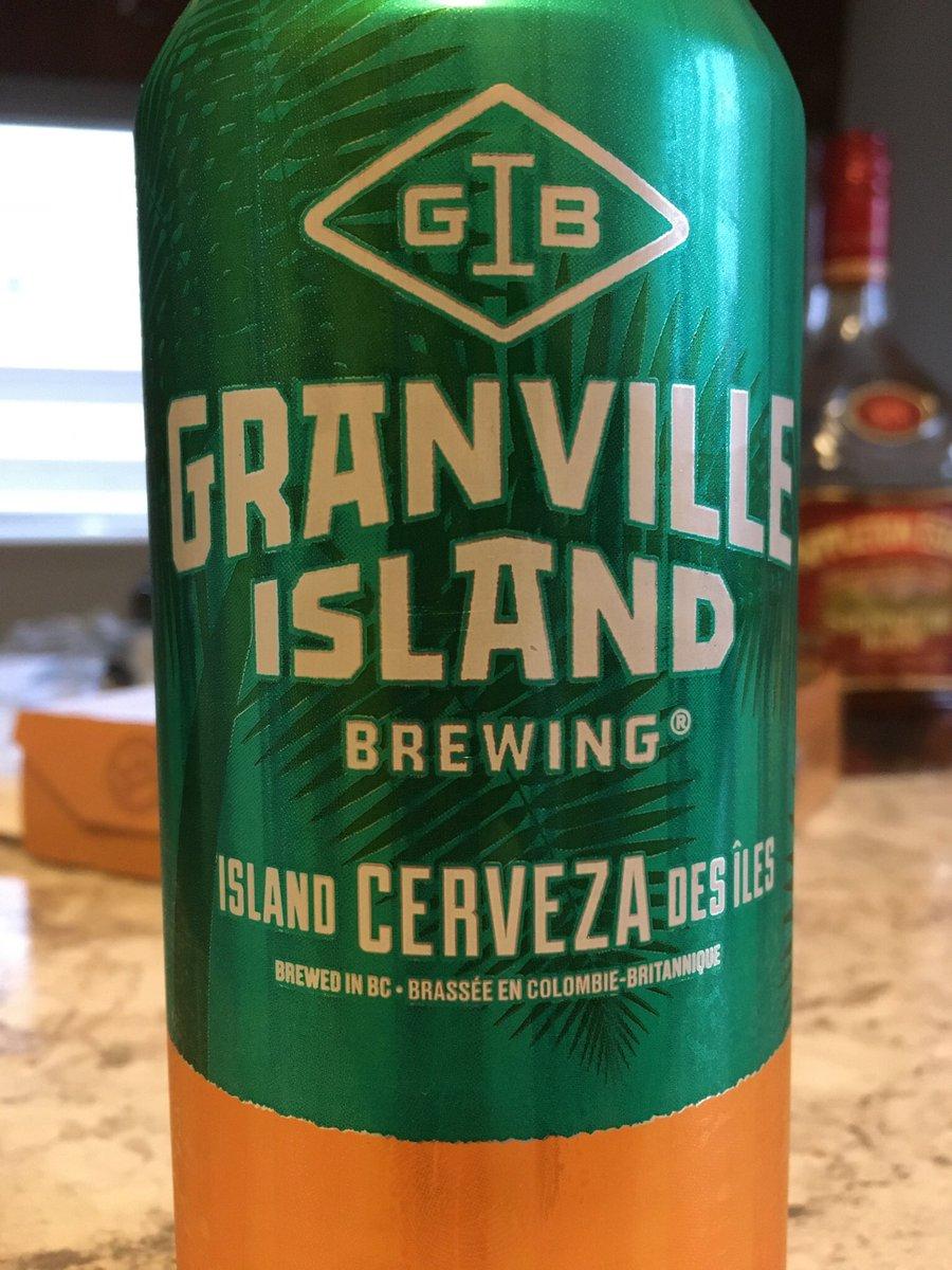 バンクーバー、グランビルアイランドにあるビール工房。 今日はCerveza(セルベッサ) スペイン語でビール。 ビールという名のビールは、とてもビールでした。 #canada #beer #granvilleislandbrewing #cerveza #ビール #カナダ https://t.co/pAuIWwVBhj