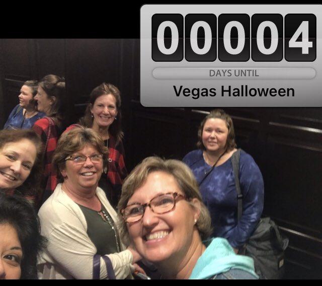 What happens in Vegas gets posted on my social media 😂😂😂 #vegasbaby #girlstrip https://t.co/jyviOxbZkB