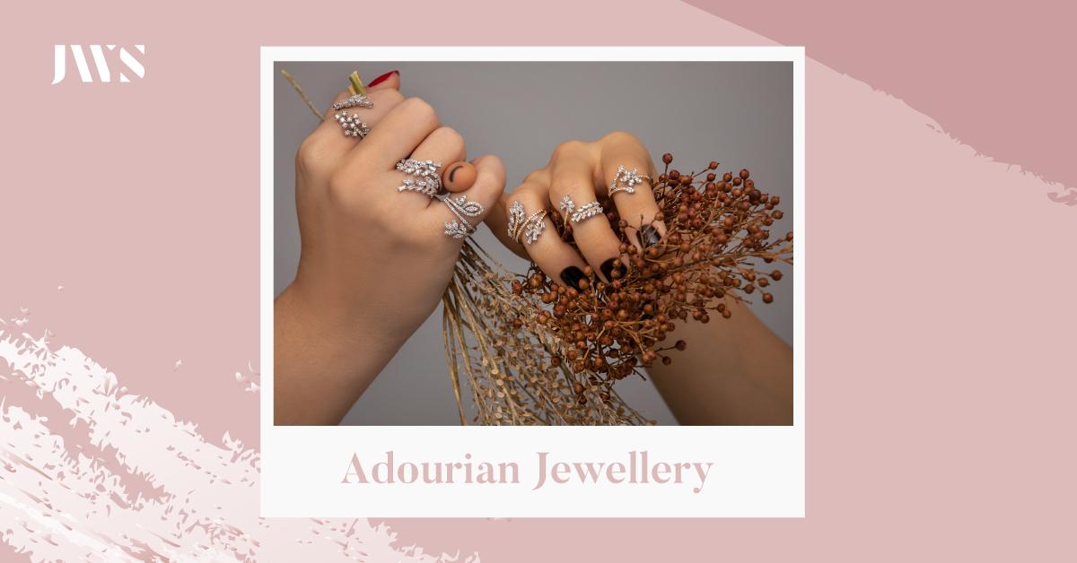 عبروا عن امتنائكم لمن تحبون بهدية مثالية من مجوهرات أدوريان  Treat your loved ones with this stylish ring from @adourianjewelry. ♥️💍 #jewellery #jewelry #JWSAbuDhabi #jwspicks #UAE #AbuDhabi #Dubai #AlAin #Sharjah #RasAlKhaimah #Ajman #Fujairah #UmmAlQwain https://t.co/7jsYC9Wy2C