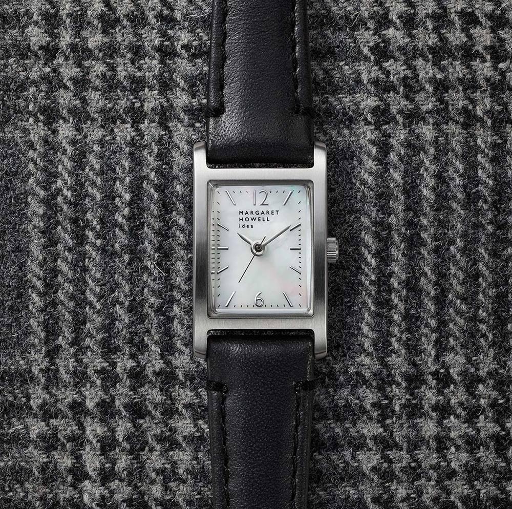 マーガレット・ハウエル アイデアの新作腕時計、25周年記念で初期モデルのデザインを復刻 -