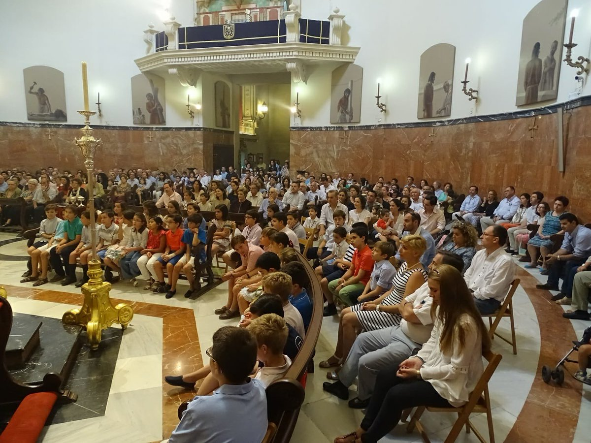 Este domingo, día 25 de octubre, la Santa Misa de 12:30h, en la Basílica de @HdadGranPoder estará especialmente dedicada a los niños. https://t.co/eh4ITIulSS