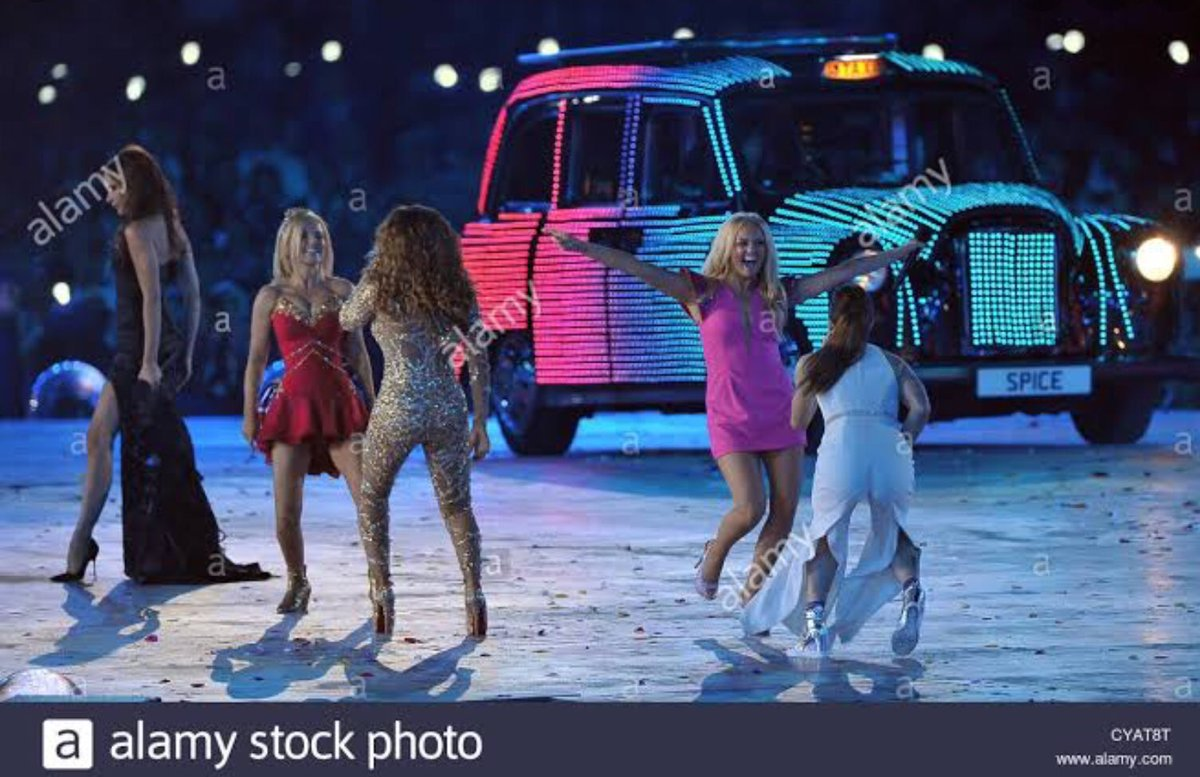 Friendship never ends @victoriabeckham @OfficialMelB @GeriHalliwell @MelanieCmusic @EmmaBunton #spice Spice Girls ❤️✌️👑 #spicegirls #melanie #MelanieC #girlpower #friendship #friends #WANNABE #scary #melb #baby #emma #ginger #geri #posh #victoria #beckham #sporty #melc https://t.co/UVrrZ3wowX
