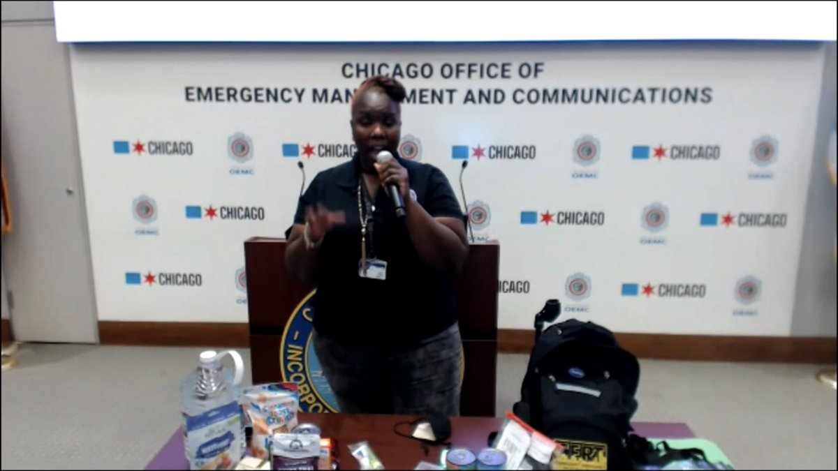 OEMC recently joined @SpecialOChi on Zoom to talk about being prepared for emergencies, fire safety, how to call 9-1-1 and Smart911! Our Trainers and Emergency Managers had a blast! A big thank you to #SpecialOlympics athletes and staff! https://t.co/N5PmVXTTcJ