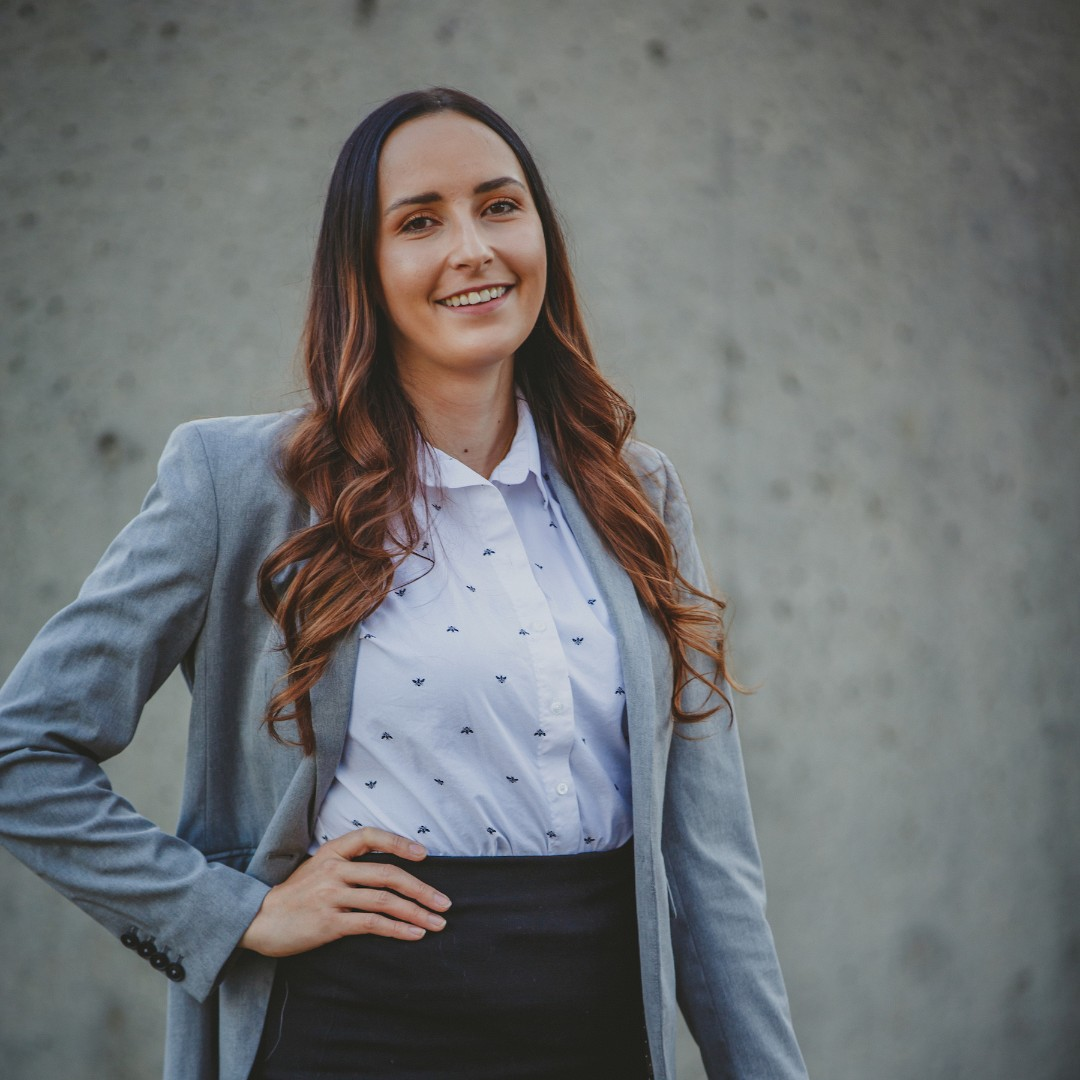 """""""Indigenous laws have been around for thousands of years, but we're only just figuring out how they can be applied within the Canadian legal system, said Kienna Shkopich-Hunter, 22 JD, who interned with @C_S_G_J to study Indigenous law & conservation. ow.ly/vuxI50C0e1f"""