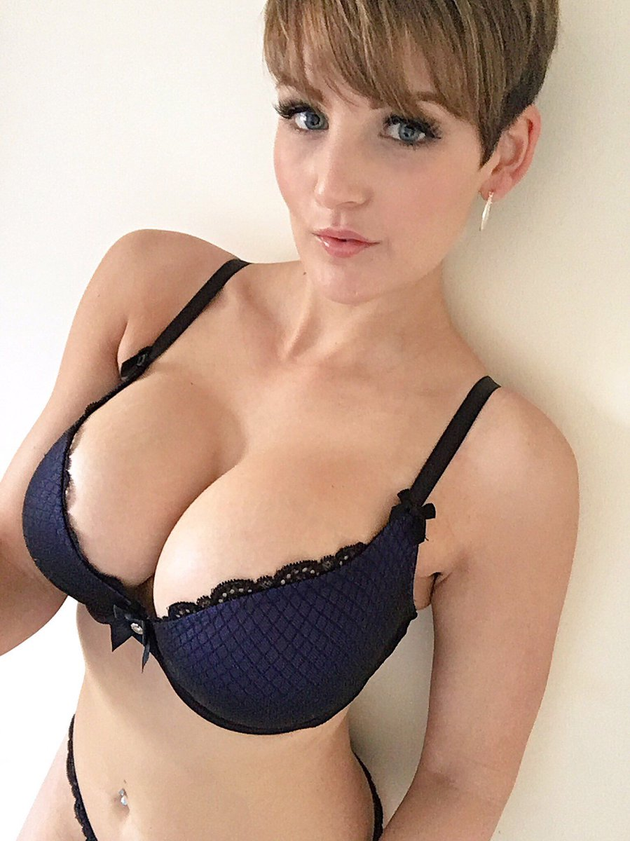 Short Hair Chick With Amazing Big Boobs Wow