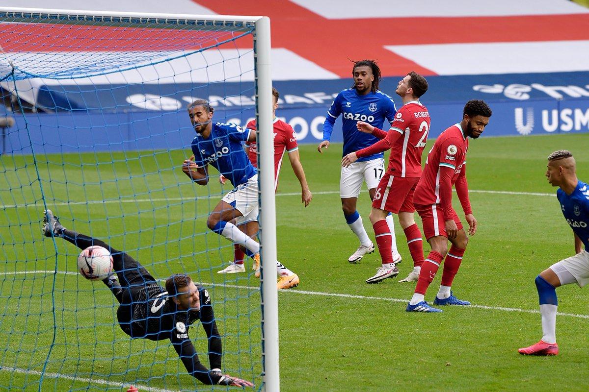 @OfficialFPL's photo on Ancelotti