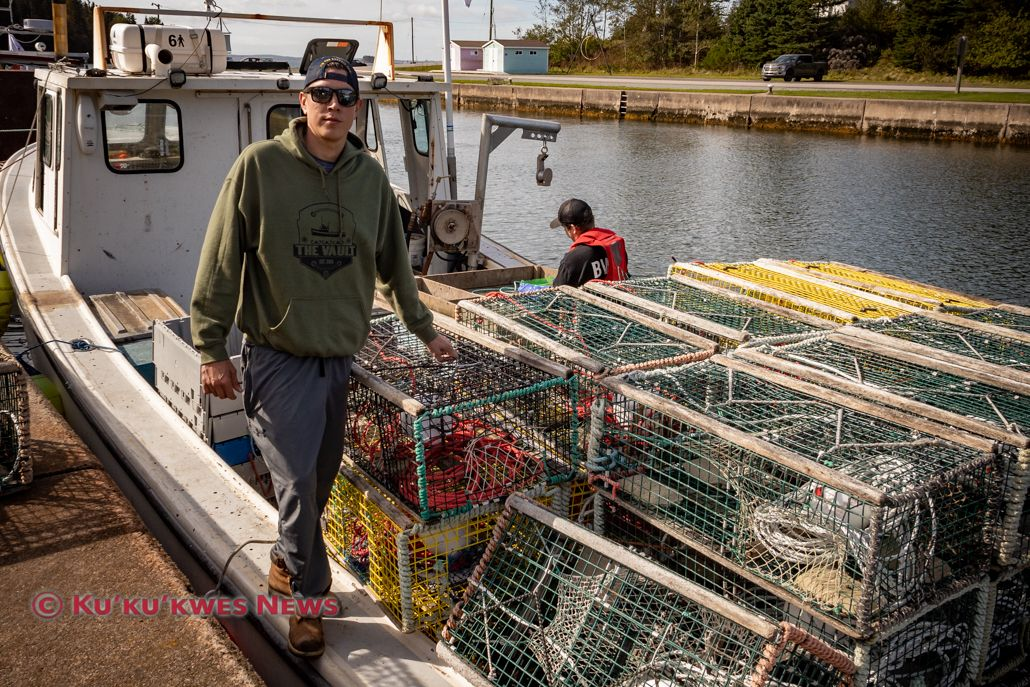 Eskasoni fisherman plans to fight fishery charges against him buff.ly/3dWKbpm #kukukwesnews, #indigenousnews, #indigenous, #mikmaq, #treatyrights, #indigenousrights, #novascotia, #lobsterfishing