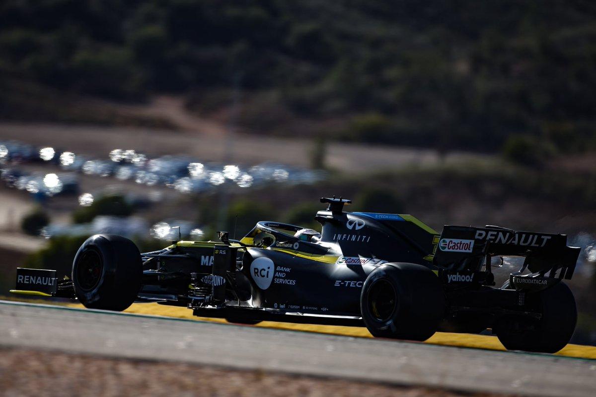 As expetativas eram de um resultado mais positivo, mas, ainda assim, a @RenaultF1Team amealhou importantes pontos na luta pelo 3º lugar do campeonato de construtores, no #PortugueseGP🇵🇹: 8º lugar de @OconEsteban e 9ª posição para @danielricciardo  #RenaultF1 #RSspirit  #Renault https://t.co/LTMdMC4JTn