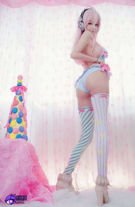 1 pic. Want a bite? So happy and proud of my Sonico Macaron cosplay, she has the most awesome outfits