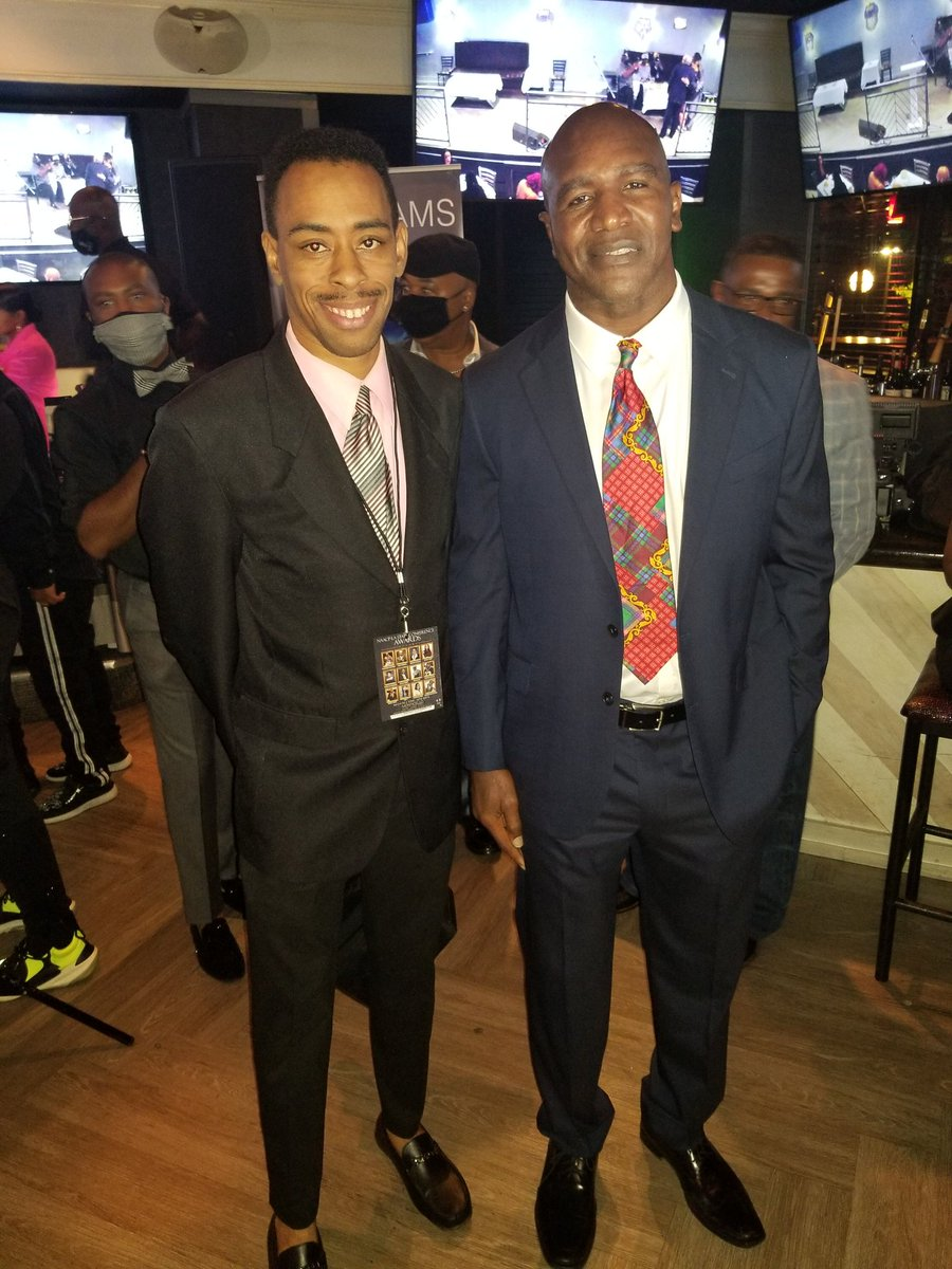 With @evanderholyfield at NAACP State Conference Awards. #evanderholyfield #professionalboxer #undisputedchampion #realdealholyfield #monticelloatl #atlevents #saturdaynights https://t.co/ZVGt8FZFsw https://t.co/xWJLBKl6PQ