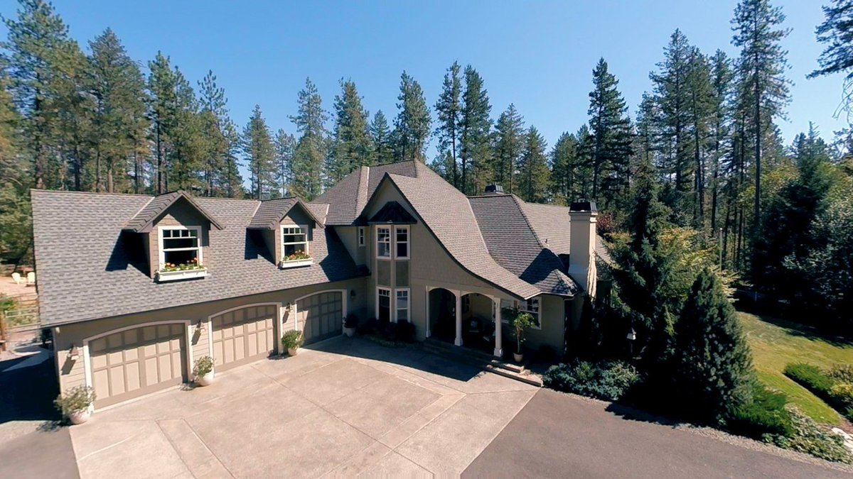 "688 Stringer Gap Road Grants Pass Oregon Christened ""Sherwood"" by her designer/builder, & crafted in the Cotswold style of England. Watch our aerial video of this great property here: https://t.co/wRZKGjluKx"