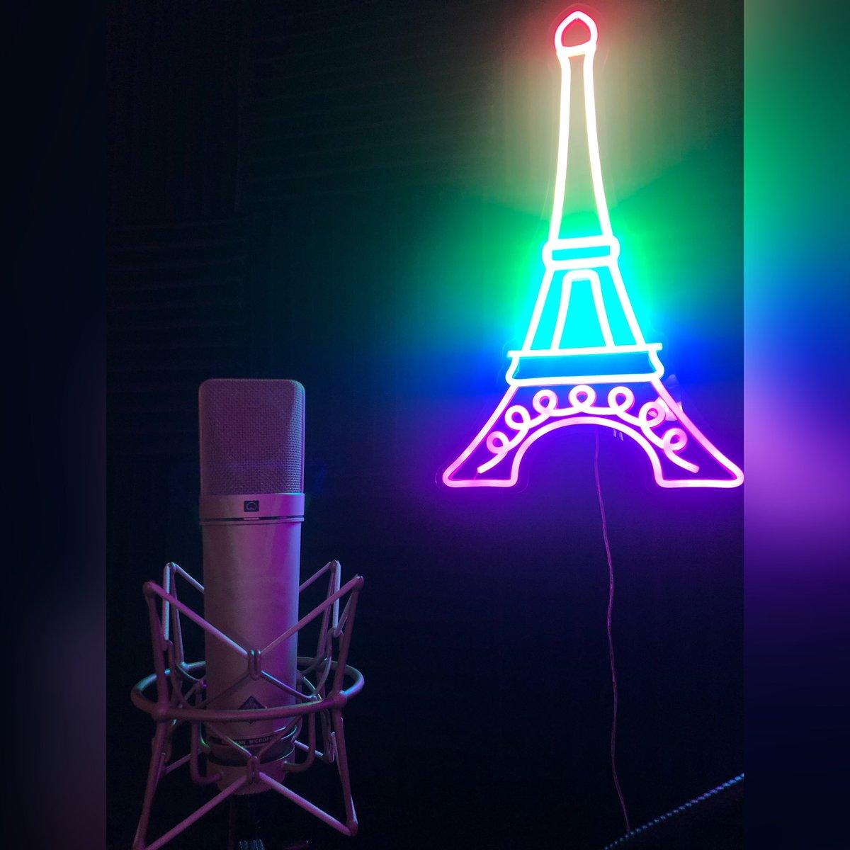 Have You Ever Been to PARIS? Book PARIS Studios❕  DM me  #music #producer #engineer #rapper #singer #rap #sing #Beats #studio #RecordingStudio #LogicPro #Ableton #ProTools #MusicStudio #ExplorePage #BurbankStudio #ParisStudios #Paris #ApollTwin #NeumannU87 #ParisP #Book #BookNow https://t.co/NVA0Af54yl