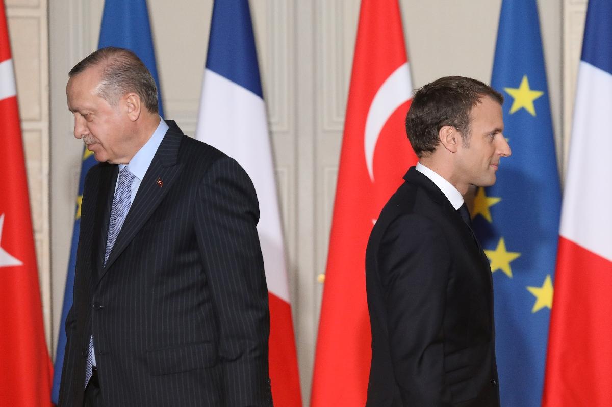 Actualités du jour : Macron rappelle l'ambassadeur de France en Turquie, décès d'un ponte de Samsung https://t.co/vacGu6sGOU #Actualité #Actualitésdujour https://t.co/SAX9FJEayG
