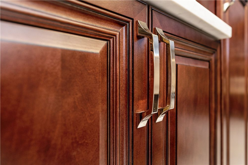 God is in the details. Feel our ultimately make beautiful solid wood cabinets. https://t.co/olggymzNBv  #moderncabinets  #renovation #montreal #mtllifestyle #mtllife #creative #kitchencabinets #kitchendecor #kitchenremodel #kitchenrenovation #woodworking #capentry #construction https://t.co/8hWXTyLx21