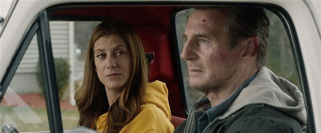 Honest Thief directed by Mark Williams is an action crime thriller starring Liam Neeson & Kate Walsh as Tom & Annie. Tom is a bank robber who wants to do a deal for a reduced sentence but has to go on the run after two FBI officers set him up for murder. Lots of action & thrills! https://t.co/J1YWu5U4DE