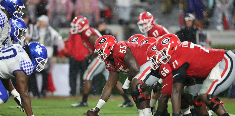 #UGA opens as a 15-point road favorite over Kentucky https://t.co/glLCrpQNzR https://t.co/gZuuooUVQi