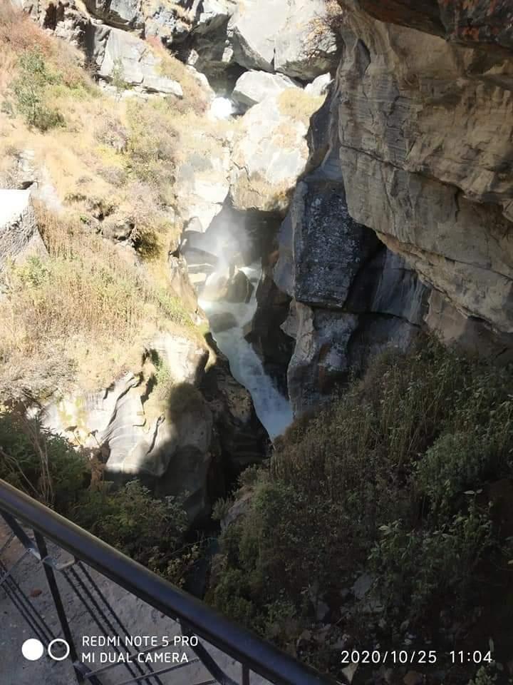 Trek to Bhim pul & Vyas Gufa. @UTDBofficial  #Uttarakhand #uttarakhandheaven #chardham #badrinathdham #badrinath #trekking #mountainview #positivevibesonly #naturelovers #morningmotivation #morningvibes #trekkinglovers https://t.co/jvF9sBlLWb