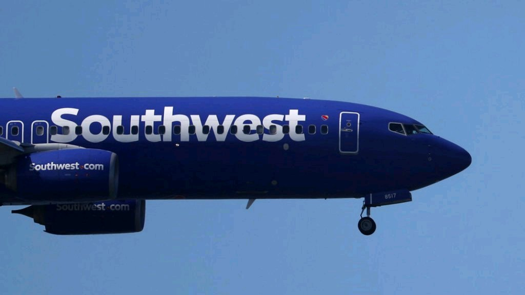 After 17 Years, Southwest Airlines Just Made a Surprising New Decision | https://t.co/AVg7WPtHis #aviation $LUV https://t.co/MbzeZgEByL https://t.co/fg9qcLpKRX