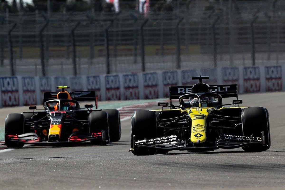 レッドブルF1代表 「ルノーは我々へのエンジン供給を望んでいない」 https://t.co/T2sqCyHGqO  #F1jp | #F1 | #RedBullRacing | #RenaultF1 | #ルノーF1 | #ホンダF1 | #F1撤退 https://t.co/du5V61Mw7j