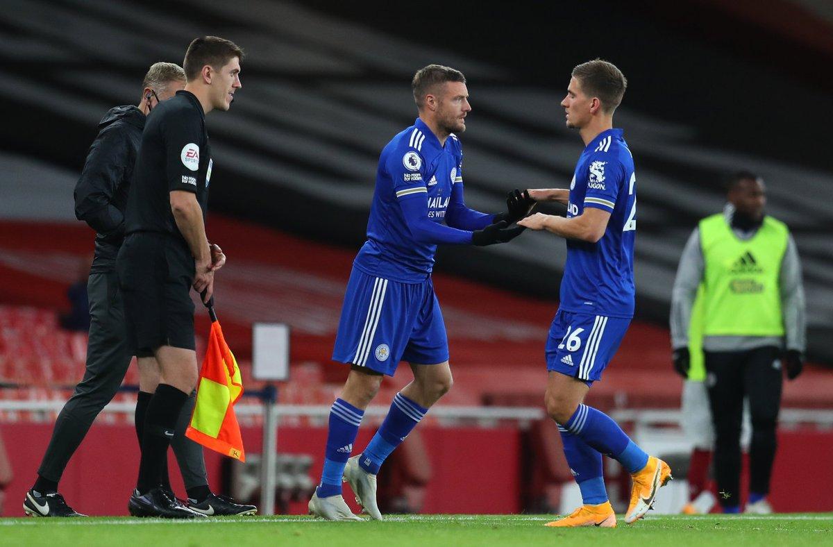 Jamie Vardy Against Top 6 Premier League Teams. ⚽️⚽️⚽️⚽️⚽️⚽️⚽️⚽️⚽️⚽️⚽️ vs Arsenal ⚽️⚽️⚽️⚽️⚽️⚽️⚽️ vs Liverpool. ⚽️⚽️⚽️⚽️⚽️⚽️ vs Man City. ⚽️⚽️⚽️⚽️⚽️ vs Tottenham. ⚽️⚽️⚽️⚽️ vs Man United. ⚽️⚽️⚽️ vs Chelsea. #ARSLEI https://t.co/9BD0q39ooK