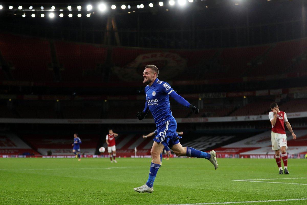 Jamie Vardy ha convertido 11 goles en sus últimos 11 partidos de Premier League contra el Arsenal. CLIENTAZAZOS. https://t.co/3DEjDP4bbE