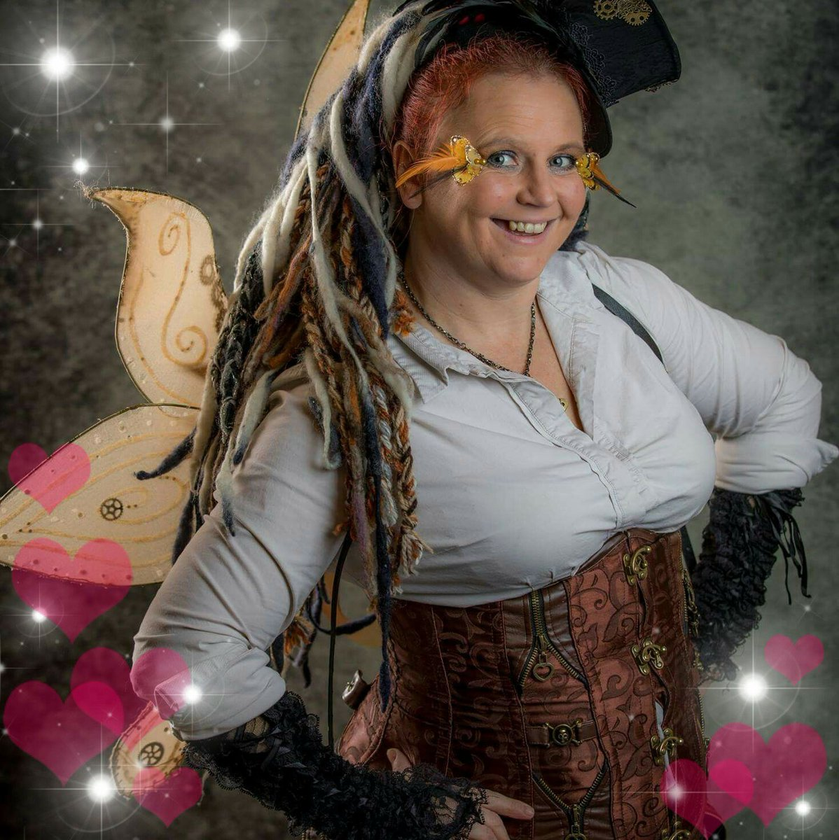 Inspire happiness #happy #smiles #inspirational #cosplayergirl #gypsygirl #steampunkgirl #steampunkfashion #steampunk #Splendid #magicaltimes #positive #staypositive #sparkles #Cosplay #Believe #magicalmemories #mylifeinpictures https://t.co/SUfx6Mdy36