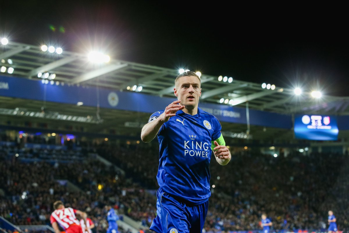 ARSENAL 0-1 LEICESTER (FT)  Jamie Vardy scores against Arsenal for the 11th time in 12 games. 24% of Jamie Vardy's PL goals have come vs Arsenal, Liverpool or Man City. #ARSLEI https://t.co/dTQOR4JJqp