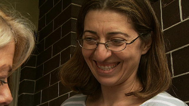 En octubre de 2020, estaba programada la ejecución de Lisa Montgomery. Ahora su ejecución será el 8 de diciembre de 2020. Será la primera reclusa federal en ser ejecutada en casi 70 años. https://t.co/M6CM6PnEq6