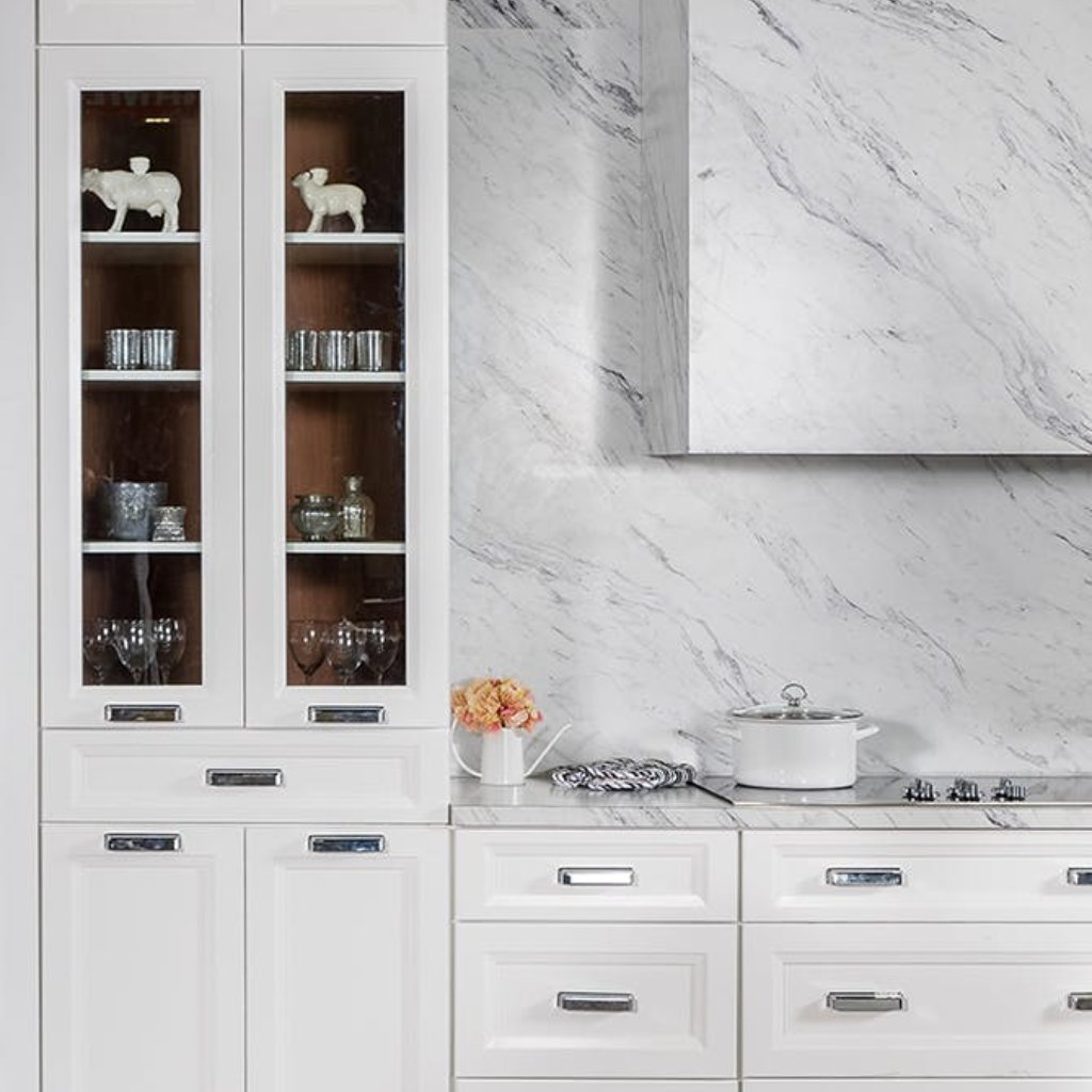Fabuwood Allure Onyx Horizon Kitchen Cabinets are everything you are looking for in quality and affordable cabinetry. See the whole Fabuwood collection at https://t.co/GyIfBtgagj  #stockcabinets #affordablecabinets #kitchencabinets #kitchendesign #kitchen #interiordesign https://t.co/NHY4xTiaOF