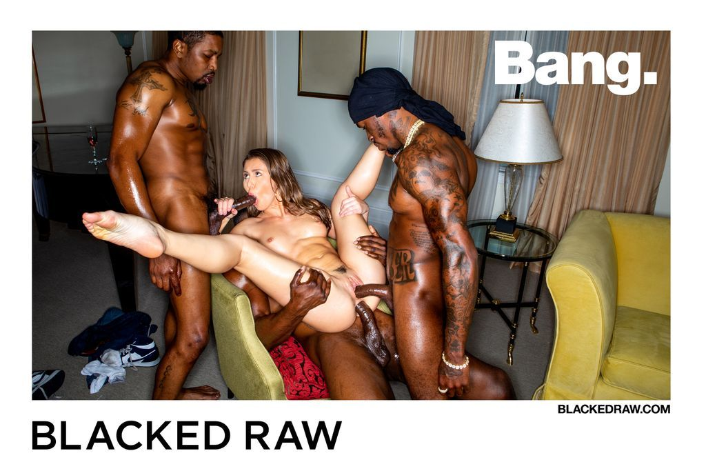 test Twitter Media - RT @blackedraw: Always end the weekend with a bang! 💯💥 @paigeowensxxx @slayherjax @IsiahMaxwell @Pressuretheent1 https://t.co/Wt2a4APXSI