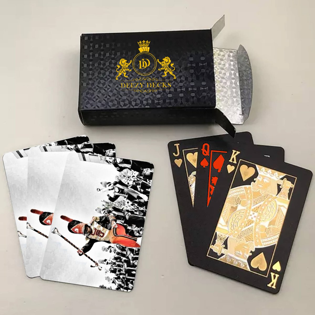 🔥TAG-A-FRIEND WHOS LOVES GRAMBLING'S BAND!🔥 ♠️ 24k GOLD PLAYING CARDS ♦️ Waterproof  ♣️ Engraved Wood Box With Each Purchase  ♥️Customized for HBCUs, Greek Letter Orgs, Marching Bands, and Other Black Culture Designs  https://t.co/7SoINDT1ar  #deezydecks #hbcu #GSU #GRAMBLING https://t.co/yzJd9BgfVN