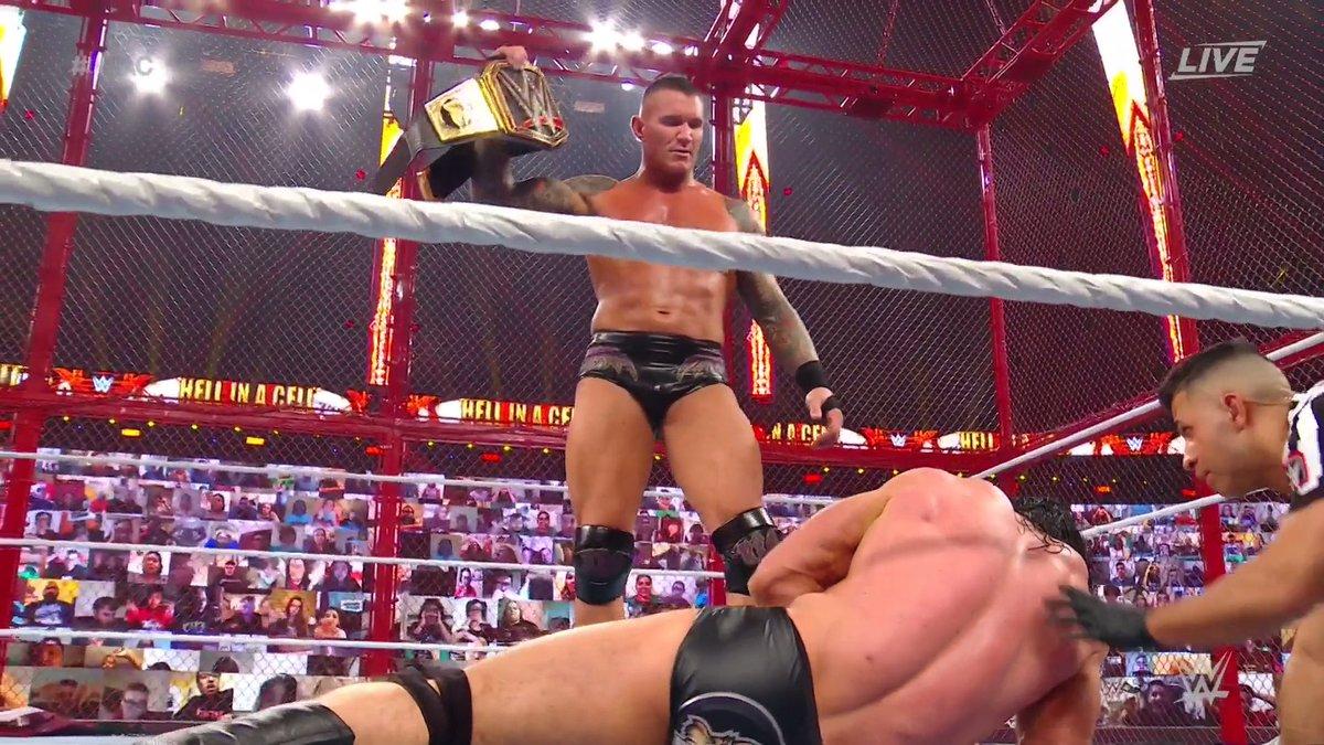#WWEChampion @RandyOrton. There he is. #HIAC