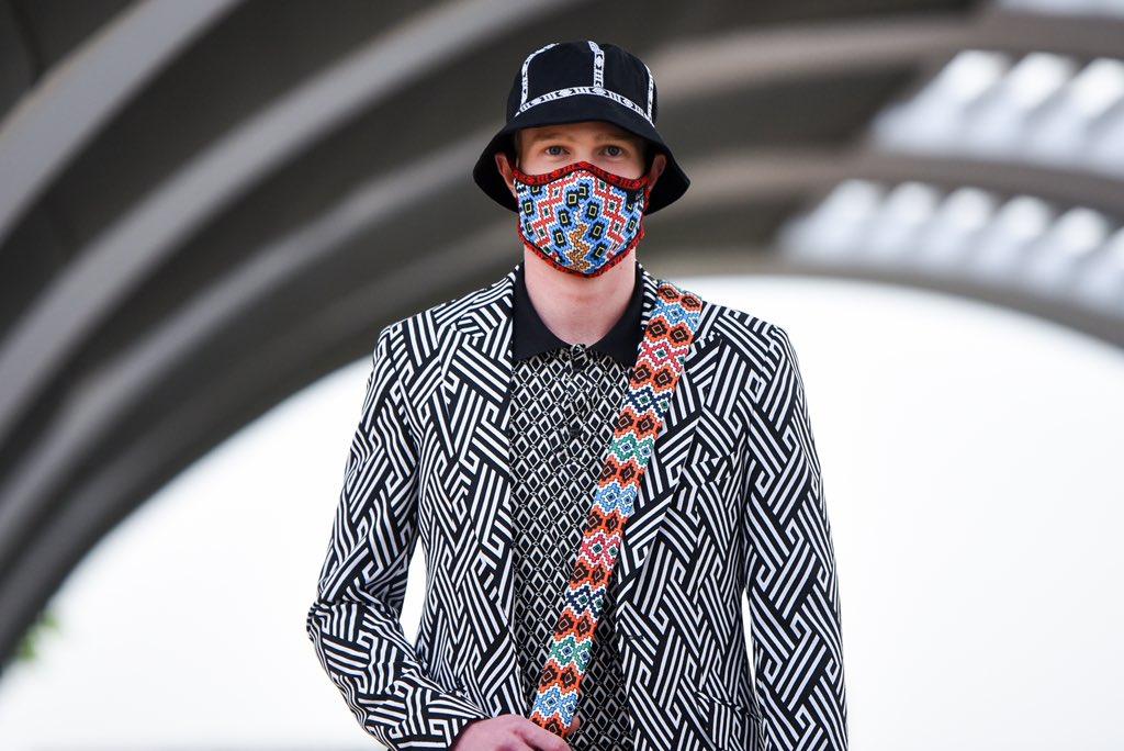 FASHION: Designer Ephraim Molingoana showcase  Ephymol, Molingoana's menswear label, showcased its latest collection at SA Fashion Week 102020 over the weekend.   #KgopoloReports https://t.co/DCEcOq7G1Z